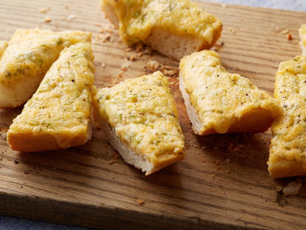 ขนมปังอบชีส – Cheese Bread